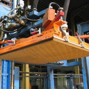 Robot palletizing deplletisation layer glass plate