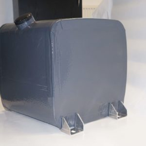 Self-sealing fuel tank cell