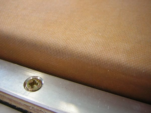Vacuum plate