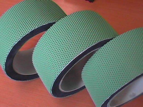 Wheel drive rubber machine glass hollow bottle belt