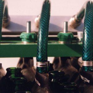 gripper tube for handling bottles